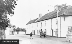 Worle, The New Inn c.1955