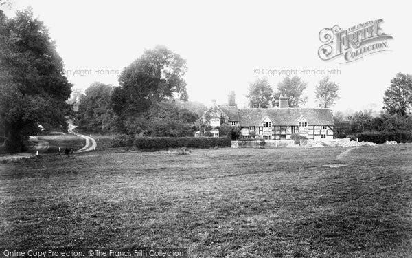 Photo of Worplesdon, Green, Old Cottage 1908