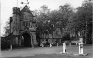 Worsley, Entrance to Worsley Hall c1950