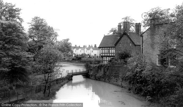 Worsley, the Wooden Bridge c1955