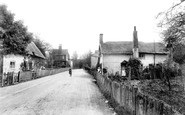 Worth, Crawley Lane 1906