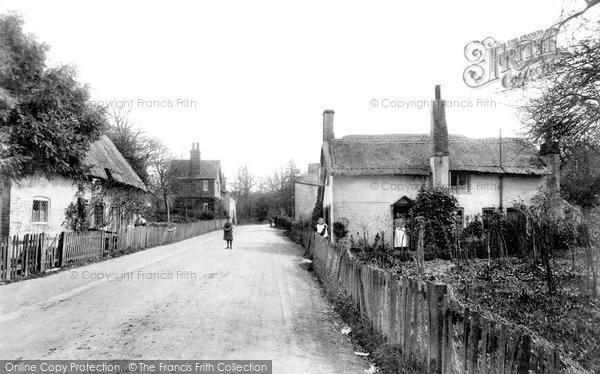 Photo of Worth, Crawley Lane 1906