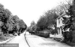 Worth, Pound Hill 1906