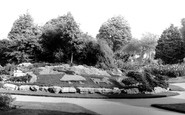 Worthing, Beach House Park c1965