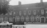 Worthing, Cissbury Hotel, Findon Valley c1965