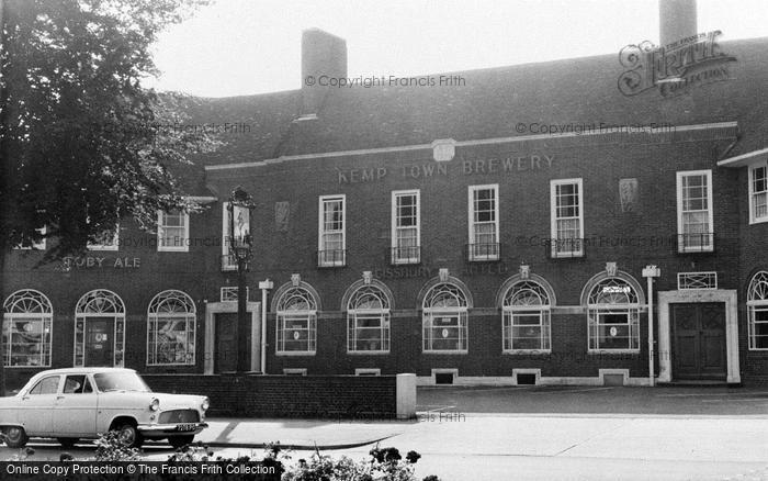 Photo of Worthing, Cissbury Hotel, Findon Valley c1965