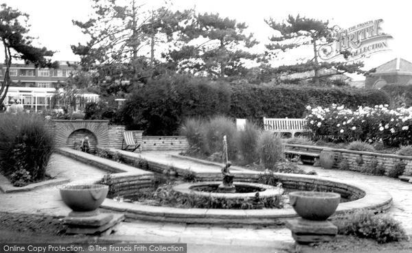 Photo of Worthing, Marine Gardens c.1965