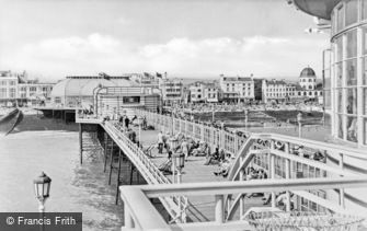 Worthing, on the Pier c1955
