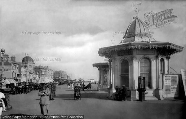 Photo of Worthing, Pier Head 1921