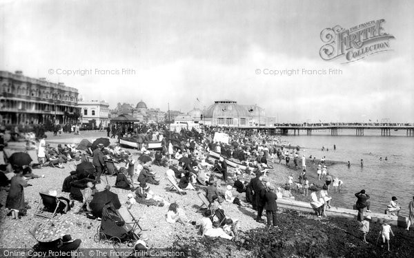 Worthing, the Beach 1925