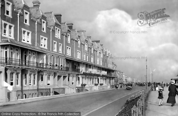 Photo of Worthing, The Convalescent Home And The Beach Hotel 1919