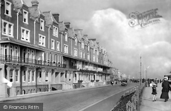 The Convalescent Home And The Beach Hotel 1919, Worthing