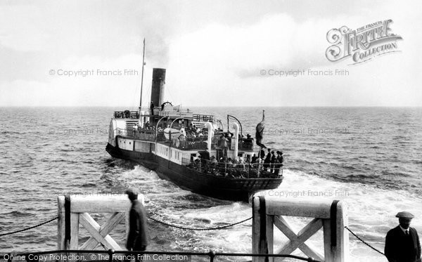 Photo of Worthing, The Lady Rowena Leaving The Pier 1921
