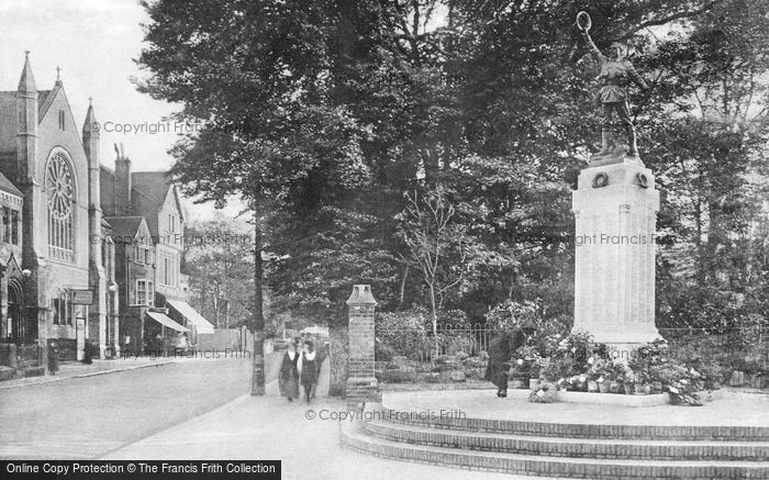 Photo of Worthing, War Memorial 1921