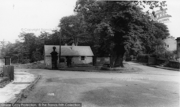 Photo of Wortley, Entrance To Wortley Hall c.1960