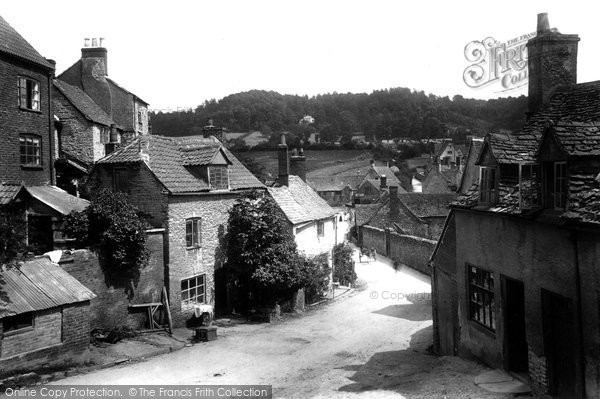 Photo of Wotton Under Edge, Potters Pond 1903