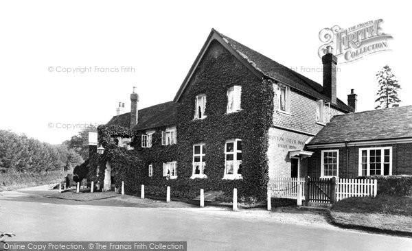 Photo of Wotton, Wotton Hatch Hotel 1928