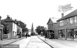 Wraysbury, High Street c.1955