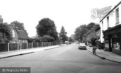 Wraysbury, School And Staines Road c.1955
