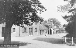 Wraysbury, The Green c.1920