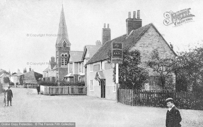 Photo of Wraysbury, The Perserverance c.1920