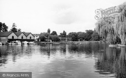 Wraysbury, The River Thames At Manor Ferry c.1965