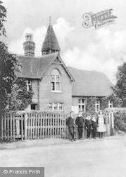 Wraysbury, Village School 1904