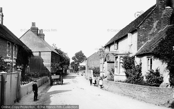 Photo of Wrecclesham, Village 1907