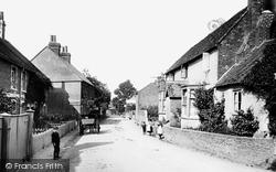 Village 1907, Wrecclesham
