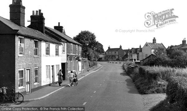 Photo of Wrentham, High Street c.1955