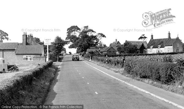 Photo of Wrentham, the Horse and Groom c1950