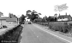 Wrentham, The Horse And Groom c.1950