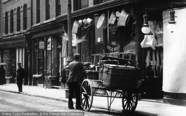Photo of Wrexham, A Cart In Hope Street 1903