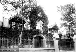 Wrexham, Savings Bank 1895