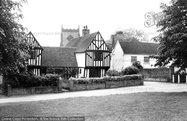 Writtle, Aubyns and the Church c1955.  (Neg. W154013)  © Copyright The Francis Frith Collection 2005. http://www.frithphotos.com