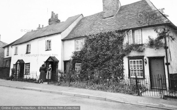 Photo of Writtle, Old Cottages, St John's Green c.1960