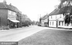 Writtle, Poat Office And Leete Hotel c.1955