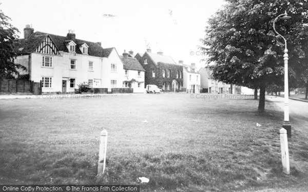 Photo of Writtle, The Green And Cottages c.1960