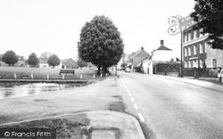 Writtle, The Green And Ongar Road c.1965