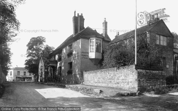 Photo of Wrotham, Bull Hotel 1901