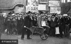 Wroughton, The Pitchens Corner 1910