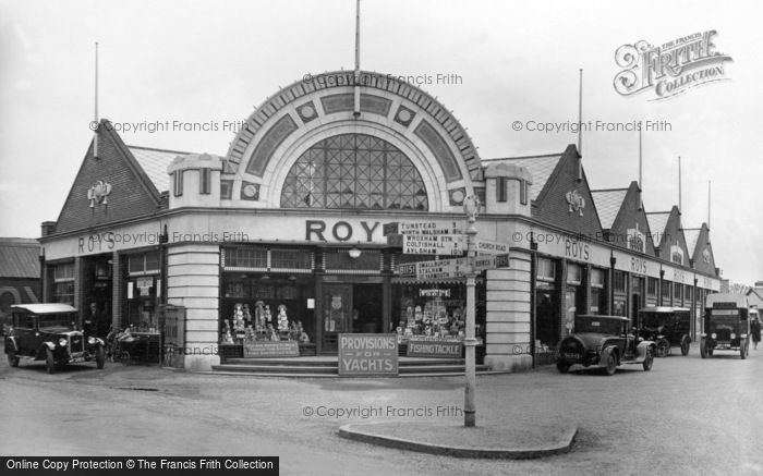 Photo of Wroxham, Cross Roads c.1940