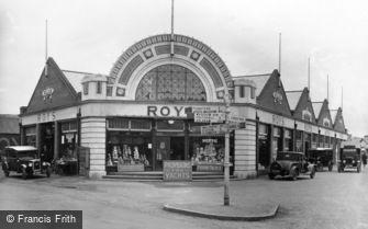 Wroxham, Cross Roads c1940