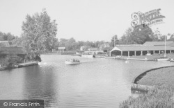 Near The Bridge c.1950, Wroxham