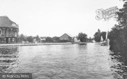 On The Bure 1925, Wroxham