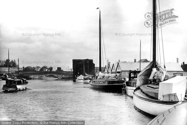 Photo of Wroxham, The Yacht Basin And The Bridge c.1940