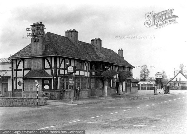 Photo of Wychbold, The Crown Hotel c.1950