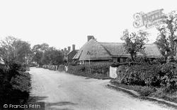Village 1923, Wyddial