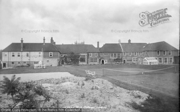 Photo of Wye, College 1901