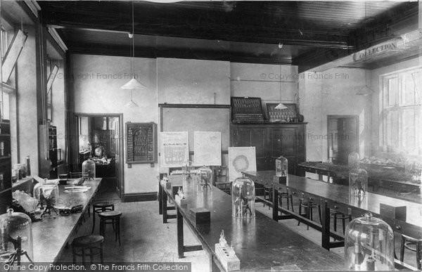 Photo of Wye, College, Botanical Laboratory 1906